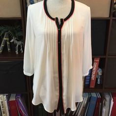 Sheer White and Navy Blouse Pretty and airy, I wore it big on purpose to have the oversized feel, navy and pink details. Perfect for the summer Nue Options  Tops Blouses
