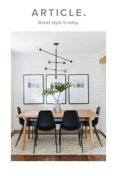 Home Living Room, Apartment Living, Living Room Decor, Dining Room Inspiration, Home Decor Inspiration, Decor Ideas, Dining Room Design, Dining Room With Rug, Dining Room Art