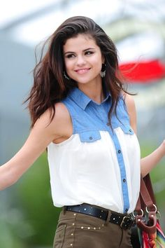Whoever does Selena Gomez's hair needs to do mine next! It looks gorgeous. #SelenaGomez