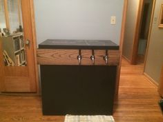 I built a keezer--a kegerator made from a freezer rather than a fridge. Join me on my journey of mistakes, lessons learned, and a lot of cold beer! - Imgur