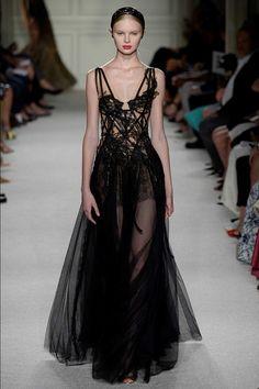 Marchesa Spring 2016 Ready-to-Wear Collection Photos - Vogue