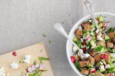 45 schnelle Gerichte unter 400 Kalorien | Küchengötter Pasta Salad, Cobb Salad, Pizza Und Pasta, Salsa, Ethnic Recipes, Food, Euro, Budget Cooking, Under 300 Calories