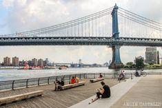 Cruzar el puente de Manhattan en Nueva York One World Trade Center, East River, Empire State Building, Manhattan, Brooklyn Bridge, New York City, Buenas Ideas, Skyline, Nyc