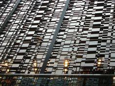 Facade Screen