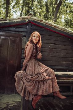 Outstanding boho dresses are available on our internet site. Modest Outfits, Boho Outfits, Modest Fashion, Fashion Dresses, Look Boho Chic, Looks Chic, Bohemian Style, Bohemian Clothing, Mode Chic