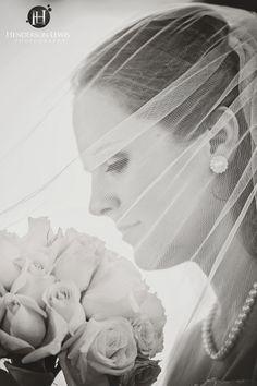 Bridal Portrait Ideas. Runnymede Plantation, Charleston SC. Charlotte Wedding Photographer