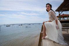 10 tendances pour les robes mariées 2016 Marie Laporte, Dream Wedding Dresses, Sexy, Wedding Planner, Cover Up, White Dress, Pure Products, Collection, Beach