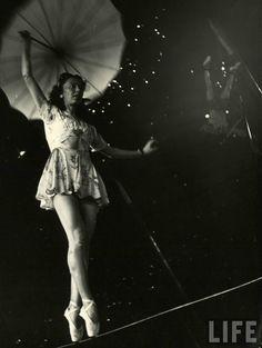 The Circus Girls, 1949