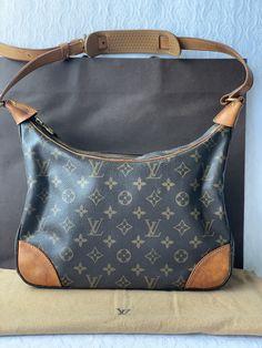 Louis Vuitton Monogram, Pattern, Bags, Fashion, Handbags, Moda, Fashion Styles, Patterns, Totes