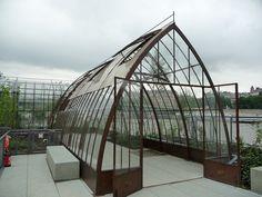 Les jardins flottants Niki de Saint-Phalle PARIS http://www.pariscotejardin.fr/2014/09/les-jardins-flottants-niki-de-saint-phalle/