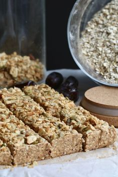 No bake appel kaneel repen - Beaufood-Atıştırmalık tarifler - Las recetas más prácticas y fáciles Healthy Sweet Snacks, Nutritious Snacks, Healthy Food Blogs, Easy Snacks, Healthy Recipes, Healthy Breakfasts, Eat Healthy, Healthy Meals, Eating Fast