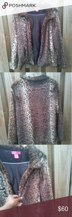 Betsey Johnson jacket Soft and comfy Betsey Johnson jacket animal print brown inside in great condition betsy Johnson Jackets & Coats Utility Jackets
