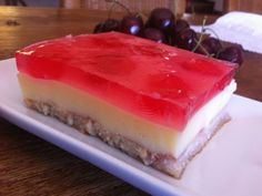 Γλυκό ψυγείου με άρωμα κεράσι Jello Recipes, Sweets Recipes, Greek Recipes, No Bake Desserts, My Recipes, Delicious Desserts, Cake Recipes, Cooking Recipes, Favorite Recipes