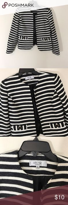 Jasper striped jacket In excellent condition with no signs of wear or flaws. Bundle discounts on orders of two or more! Kasper Jackets & Coats