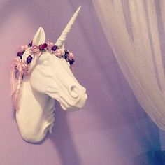 I want this so I can put all my flower crowns and headbands on there                                                                                                                                                      More