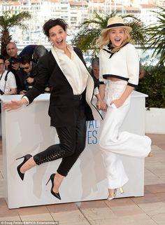 Pin for Later: The Most Stunning Snaps From Cannes Chloe Grace Moretz and Juliette Binoche got animated while promoting Clouds of Sils Maria. Juliette Binoche, Chloe Grace Moretz, Sylvester Stallone, Ryan Gosling, Nicole Kidman, Poppy Delevingne Wedding, Sils Maria, Kristin Scott Thomas, America Ferrera