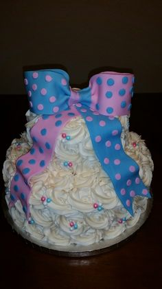 Pink & blue baby shower cake