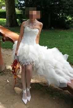 Robe de mariée originale et courte Bellisima Collection Hervé Mariage