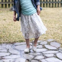 The great thing about using thrifted clothes is that you can make things very quickly. This upcycled lace skirt took an hour and I have one very happy girl! Sewing Kids Clothes, Clothes Crafts, Sewing For Kids, Diy Sewing Projects, Sewing Projects For Beginners, Sewing Ideas, Denim Shirt Style, Modern Sewing Patterns, Diy Clothing