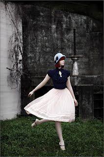 Hat: Mademoiselle Slassi / Photo: Claire McAdams / Model: Caitlin