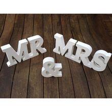 1 Set Mr & Mrs Wedding Sign Wendding Decoration Mr & Mrs letters(China (Mainland))