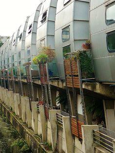 Grand Union Canal Walk Housing - Nicholas Grimshaw