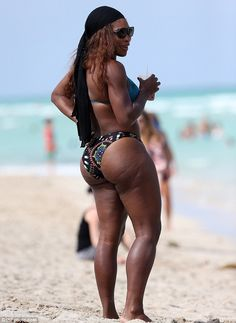 No missing her: Serena Williams showed her impressive curves off in Miami, Florida, on Wed... http://dailym.ai/P68ML6#i-aabe0e7c