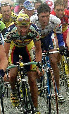 aqui teneis fotos de los años 70 del giro italia www.galeon.com/mortirolo/fotosgiro66.html www.galeon.com/mortirolo/fotosgiro67.html www.galeon.com/mortirolo/fotosgiro68.html www.galeon.com/mortirolo/fotosgiro71.html www.galeon.com/mortirolo/fotosgiro72.html www.galeon.com/mortirolo/fotosgiro73.html www.galeon.com/mortirolo/fotosgiro74.html www.galeon.com/mortirolo/fotosgiro75.html