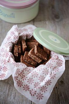 Brunslis : un biscuit que je ne connaissais pas encore ! Raw Food Recipes, Cookie Recipes, Dessert Recipes, Biscuit Cookies, Bakery Cakes, Cookie Bars, Cupcake Cakes, Cupcakes, Delicious Desserts