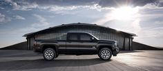Picture showing the confident and bold exterior of the 2017 GMC Sierra 1500 light-duty