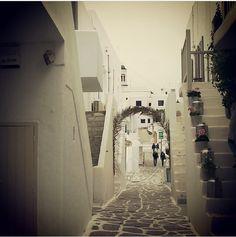 My neighbourhood ! #paros #greece