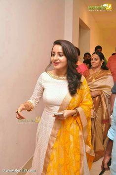 To customize whatsapp 9043230015 for Saree, blouse and Kurtis. Salwar Designs, Kurti Neck Designs, Blouse Designs, Dress Designs, Indian Attire, Indian Ethnic Wear, India Fashion, Ethnic Fashion, Indian Dresses