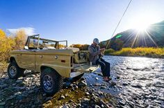 Early Bronco, Bug Out Vehicle, Relationship Blogs, Fishing Pictures, Down The River, Vintage Trucks, Extreme Sports, Trout, Fly Fishing