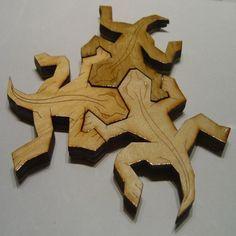 Escher Lizards Download free files now › http://www.seanmichaelragan.com/html/%5B2008-04-18%5D_MC_Escher_lizard_vector_art.shtml