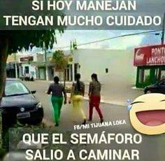 - Con Cuidado Eeehh!!! (´∀`)(≧∇≦)/ Memes Estúpidos, Funny Memes, Funny V, Hilarious, Funny Phrases, Funny Quotes, I Started A Joke, Spanish Jokes, Mexican Memes