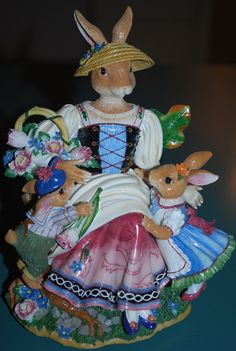 Fitz and Floyd Old World Rabbits Music Box