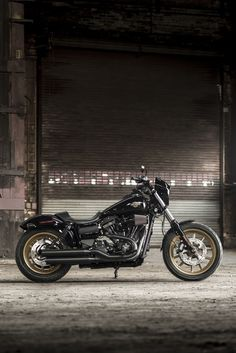 The new Low Rider S takes the factory custom genre to a raw and powerful new edge. Get behind the fixed speed screen and hang on. | 2016 Harley-Davidson Low Rider S