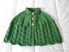Tramas de Colores: Mañanitas de Punto Knitted Capelet, Crochet Poncho, Crochet Granny, Poncho Design, Knitting Machine Patterns, Shawl Patterns, Crochet Videos, Baby Knitting, Clothes