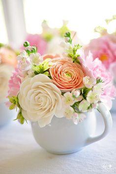 Mug Flowers! gorgous pastel flowers in teapot