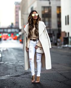 26 JAN, 2018 This Affordable Coat Will Instantly Elevate Your Winter Look - Outfit Details: Waterfall Coat Tie Shoulder Sweater White Distressed Denim Gucci Marmont Matelassé Mini Bag Christian Louboutin Nude Pumps Gold Aviator Sunglasses Gucci Belt Winter Outfits Women, Casual Fall Outfits, Classy Outfits, Beautiful Outfits, Spring Outfits, Fashion Mode, Look Fashion, Fashion Outfits, Fashion Trends
