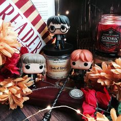 Today's theme for #lilbookishtags is funko stack so of course I had to feature my Harry Potter funkos!!! . I also had to feature the Book of Spells bath salts I got recently from @thesoaplibrarian!!! I can honestly tell you that I use this bath salt almost every night and I'm in love with it! It smells amazing and looks so pretty!!! If you like bath products you have to check out this shop asap and you can use code DFT15 to get 15% off your purchases!!! . The pretty candke is from…