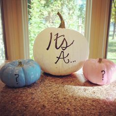 Fun idea for a fall gender reveal party! #GenderReveal #GenderRevealParty #GenderRevealIdeas