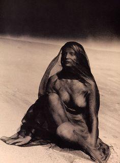 """Jungle Fever"", Elle France, May 1996 Photographer : Phillip Dixon Model : Laetitia Casta"