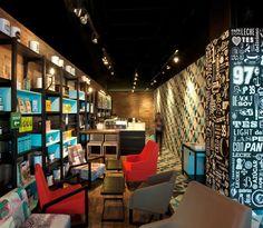 Coffee House - Cielito Querido Inspirado no design latino, especialmente mexicano este café criou um ambiente aconchegante com um belo uso de cores, móveis e tipografia nas paredes. Além de tomar seu...