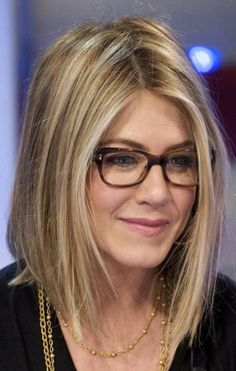 jennifer aniston haircut | Jennifer Aniston's long angular bob and platinum blonde highlights ...