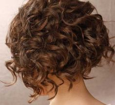 30 Curly Hairstyles for Short Hair