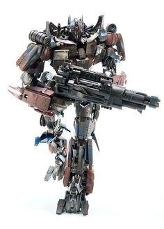 toyhaven: ThreeA Toys Transformers: Age of Extinction Optimus Prime (Evasion Edition) Action Figure
