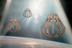 Pendelleuchten höhenverstellbar aus Messing in Holz Optik