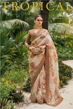 Latest 2019 Sabyasachi Sarees For Wedding Guests And Family - Latest 2019 Sabyasachi Sarees includes sarees for the bride, brides mother, brides sister as well as tons of basic wedding guest appropriate saree looks. Sabyasachi Sarees, Sabyasachi Bride, Indian Sarees, Anarkali, Lehenga, Bollywood Saree, Bollywood Fashion, Saree Fashion, Banarasi Sarees
