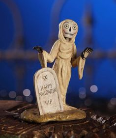 Cemetery Ghost | Allen Cunningham Halloween